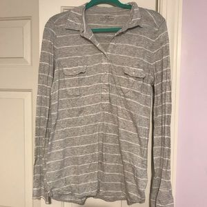 Vineyard Vines grey stripe long sleeve